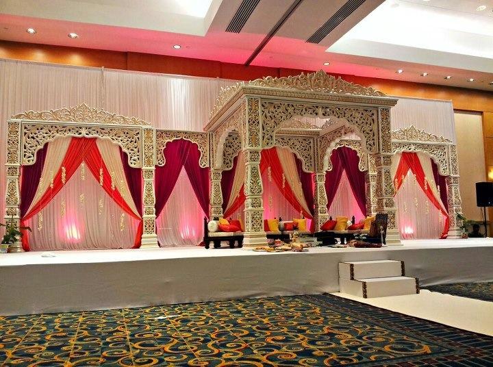 https://weddingmandaps.us/assets/indian-wedding-style-mandaps.jpg