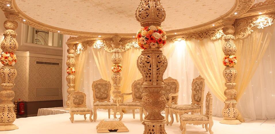 https://weddingmandaps.us/assets/wedding-chair-mandap-theme.jpg