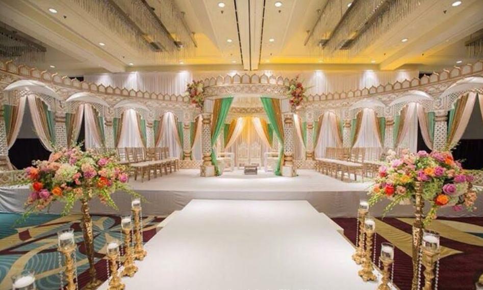 https://weddingmandaps.us/assets/wedding-entrance-theme-indian.jpg